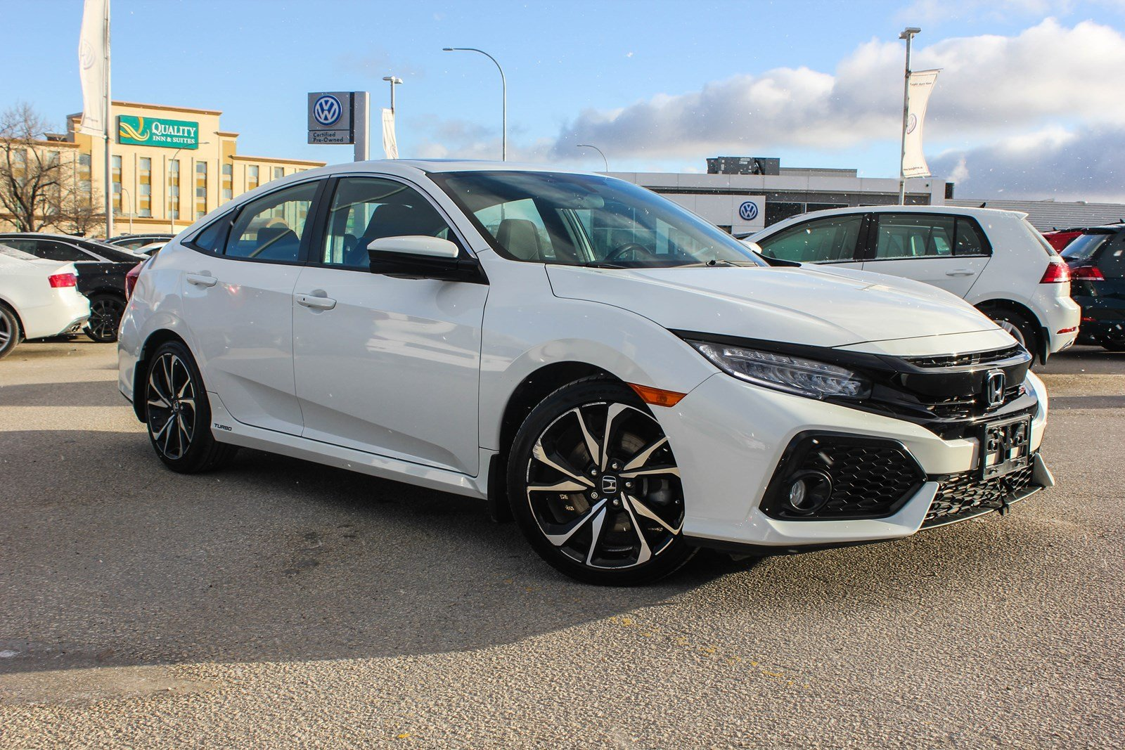 Pre-Owned 2017 Honda Civic Sedan Si w/ Nav/Sunroof