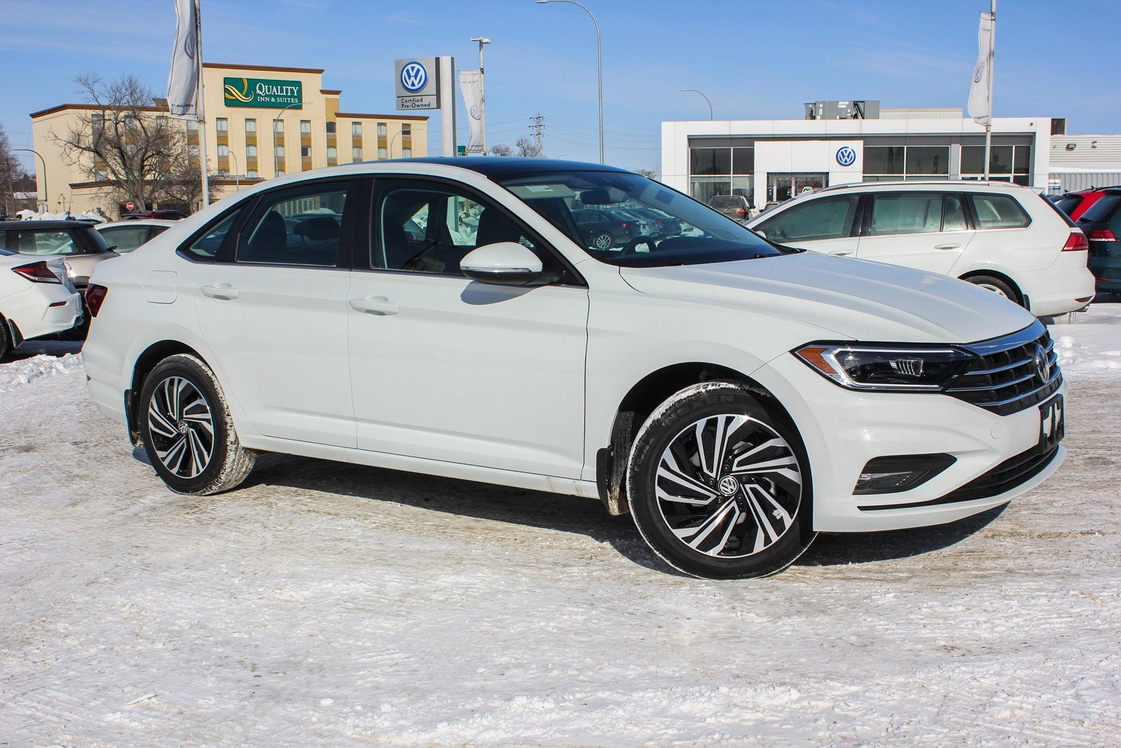 New 2019 Volkswagen Jetta Execline w/ Heated Steering Wheel/Heated Front And Rear Seats