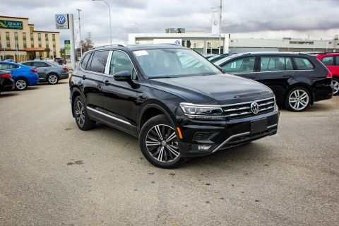 New 2018 Volkswagen Tiguan Highline AWD w/ Leather/Sunroof/Backup Camera/App Connect