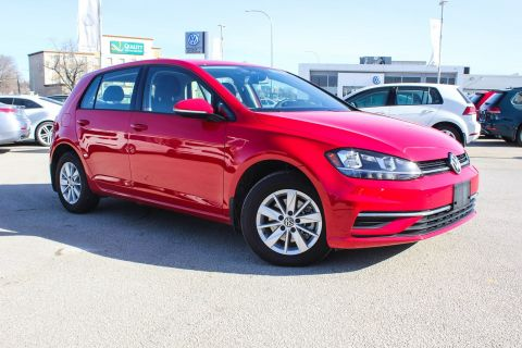 New 2018 Volkswagen Golf Trendline 5 Door Auto w/ App Connect