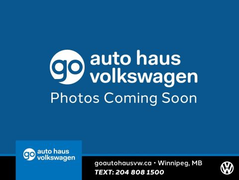 Pre-Owned 2013 Volkswagen CC Sportline w/ Nav/Sunroof/Leather